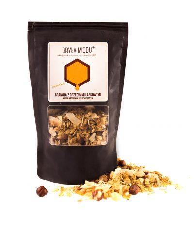 Granola z orzechami, miodem i pyłkiem pszczelim