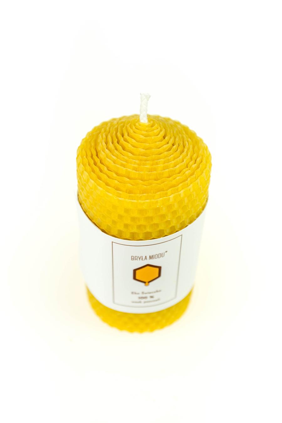 świeca z z węzy pszczelej