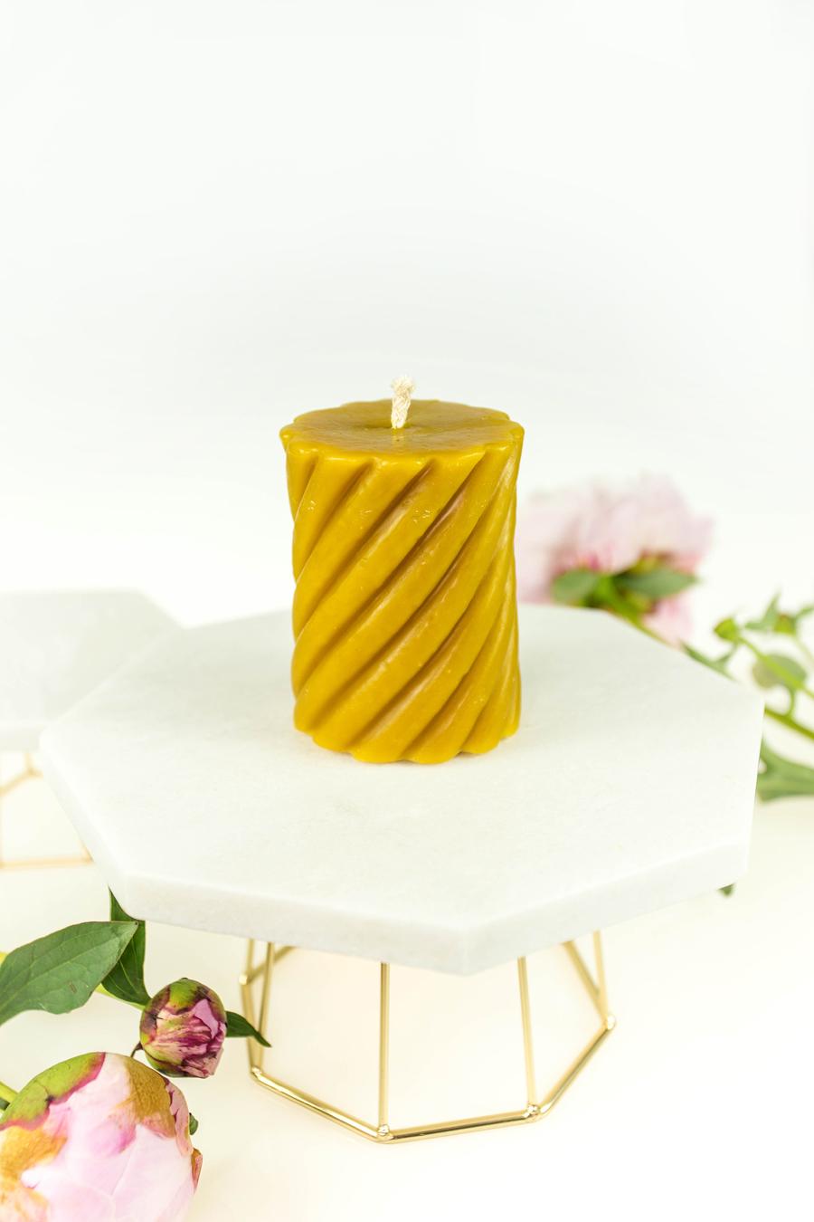 świeca z wosku pszczelego walec spiralny